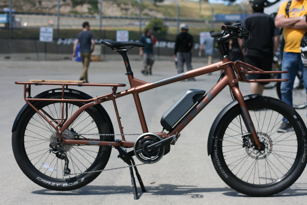 Long tail cargo bike