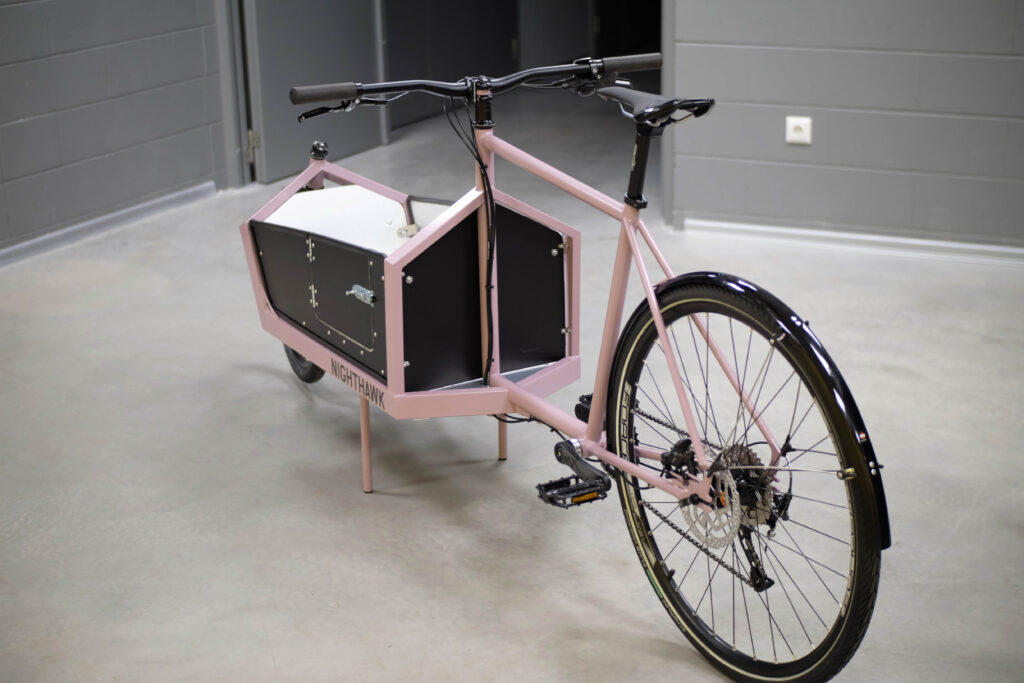 Nighthawk cargo bike pass door